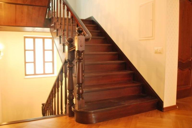 Где купить лестницу из дерева